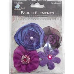 Conjunto de flores em tecido